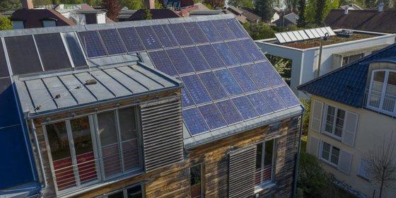 Privathaus mit Photovoltaikanlage, ©Plattform EE BW / Kuhnle & Knödler